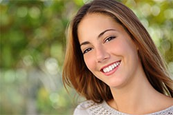 Cosmetic-Dentistry---Bonding-by-Cosmetic-Dental-of-Encino-(3)